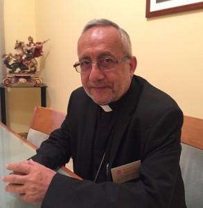 Archbishop_Raphael_Fran__1195_ois_Minassian