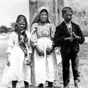 The Children of Fatima - UFOs Mystery and Meaning - Apparitions - Lord of the Harvest - Peter Crawford